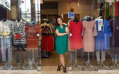 Весняні колекції жіночого одягу та аксесуарів у наших магазинах!